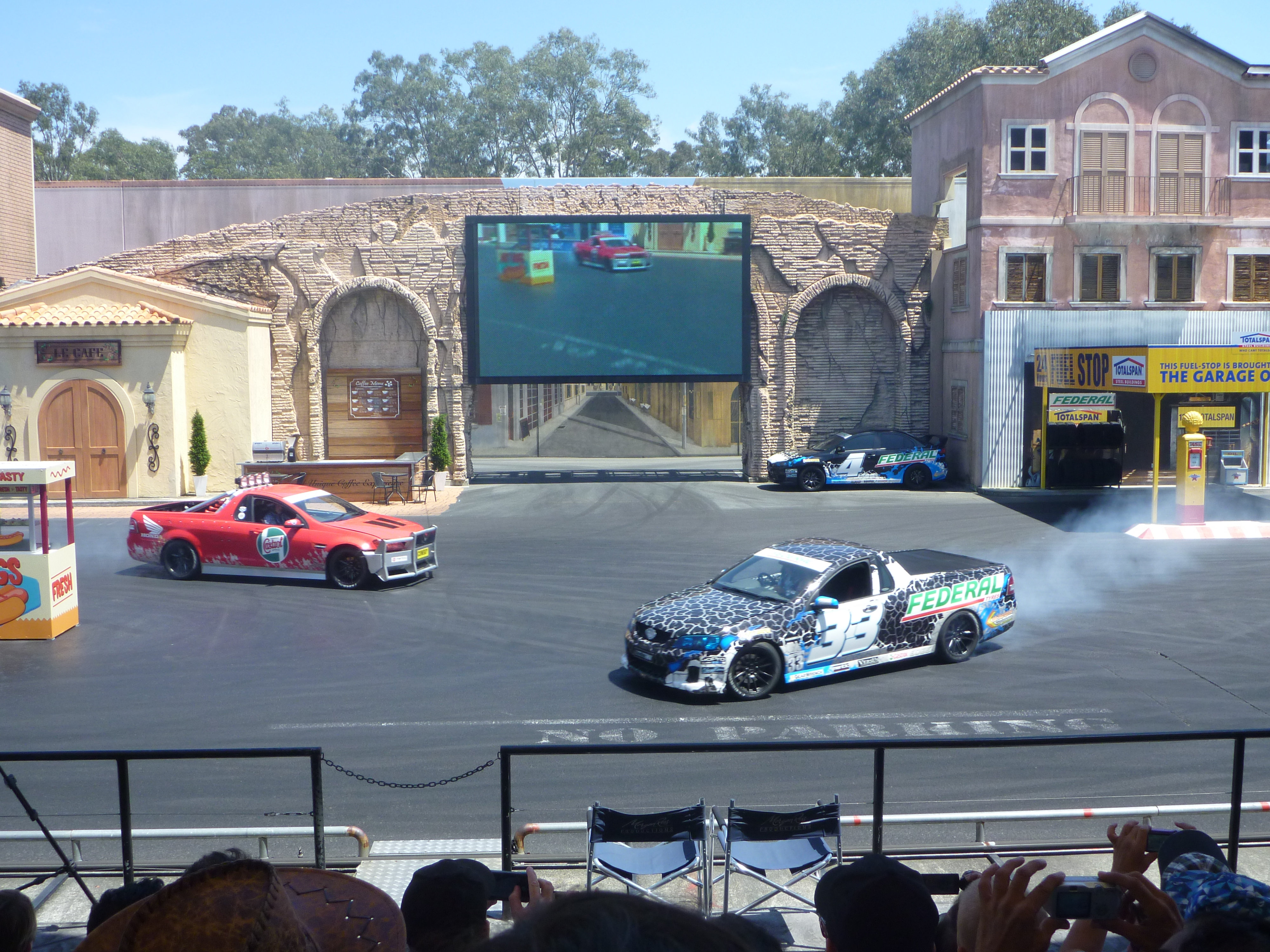 Movie world for all kids big small caravanning with kids we poured over the detailed map and worked out our plan first stop the hollywood stunt driver ii show for those of you that ventured to movie world in gumiabroncs Choice Image